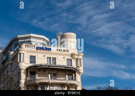 Park Inn, Radisson, Palace Hotel, Eastern Esplanade, Southend on Sea, Essex. Formerly Metropole. Seafront hotel in blue sky. Turret. Balconies - Stock Photo