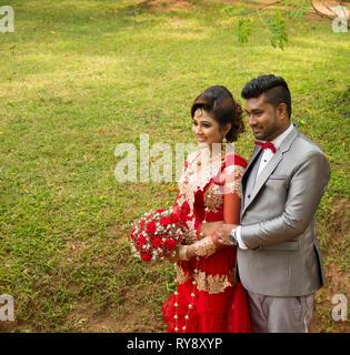 Asia, Sri Lanka, Sigiriya, honeymooners - Stock Photo