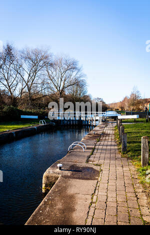 Lock gates on the Sheffield to Keadby canal new cut. Rotherham. - Stock Photo
