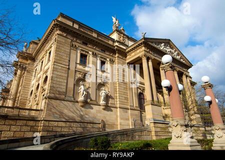 BRD, Hessen, Wiesbaden, Hessisches Staatstheater, erbaut 1894 von den Wiener Architekten Fellner und Helmer - Stock Photo