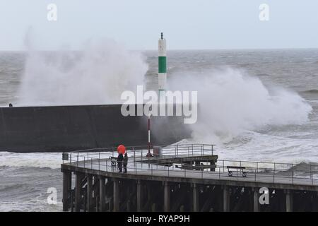 Aberystwyth Ceredigion Wales UK, Wednesday 13 March 2019. UK Weather: Storm Gareth, the latest named storm of the season, hits the seafront in Aberystwyth. The gale force winds of Storm Gareth are expected to bring damaging 70mph gusts to exposed Irish Sea coasts today. photo Credit: Keith Morris/Alamy Live News - Stock Photo