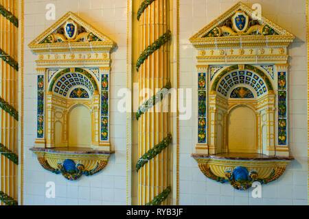 BRD, Hessen, Wiesbaden, Eingangsbereich Thermalbad Kaiser-Friedrich-Therme - Stock Photo