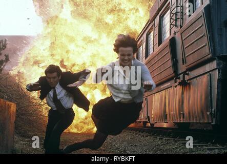 PIERCE BROSNAN,IZABELLA SCORUPCO, JAMES BOND: GOLDENEYE, 1995 - Stock Photo