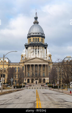 Exterior of the Illinois State Capitol Building.  Springfield, Illinois, USA. - Stock Photo