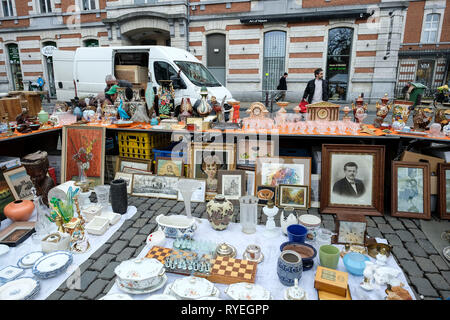 02.03.2019, Brussels, Belgium - Antiques and Troedel on the antique market on the Grand Sablon / Grote Zavel in Brussels Bruessel, Belgien - Antiquita - Stock Photo
