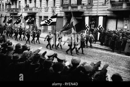 Nazism / National Socialism, organisations, Hitler Youth (HJ), commemoration for the Hitler Youth member Herbert Norkus, killed 24.1.1933, march-past of the Hitler Youth, Zwinglistrasse, Berlin, Germany, 26.1.1937, Additional-Rights-Clearance-Info-Not-Available - Stock Photo