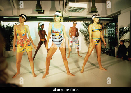 fashion, beach fashion, 1980s, fashion show, mannequins on fashion runway, 1987, Additional-Rights-Clearance-Info-Not-Available - Stock Photo