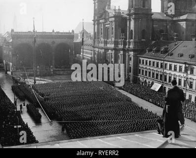 Nazism / National Socialism, military, Wehrmacht, army, public swearing in of the first recruits, Odeonsplatz (square), Munich, 7.11.1935, Additional-Rights-Clearance-Info-Not-Available - Stock Photo