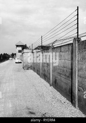 geography / travel, Germany, Dachau, concentration camp, refugee camp, wall with barbed wire, 1960, Additional-Rights-Clearance-Info-Not-Available - Stock Photo