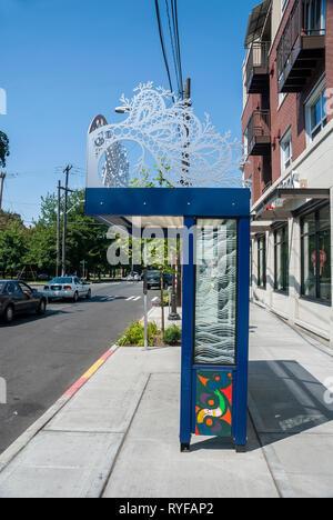 Bus-stop shelter in Green Lake, Seattle, Washington. - Stock Photo