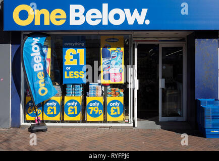 One Below a new nationwide discount chain store selling cheap goods all priced at £1  or less - Stock Photo
