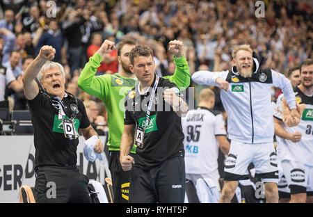 Hamburg, Deutschland. 25th Jan, 2019. jubilation coach Christian PROKOP (GER) gesture, gesture, semi-final Germany (GER) - Norway (NOR) 25 - 31, on 25.01.2019 in Hamburg/Germany. Handball World Cup 2019, from 10.01. - 27.01.2019 in Germany/Denmark. | usage worldwide Credit: dpa/Alamy Live News - Stock Photo