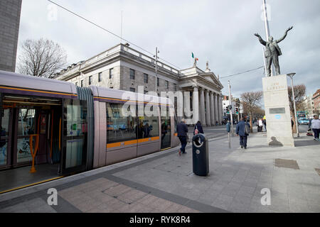 Luas the GPO and Jim Larkin statue on oconnell street Dublin Republic of Ireland europe - Stock Photo