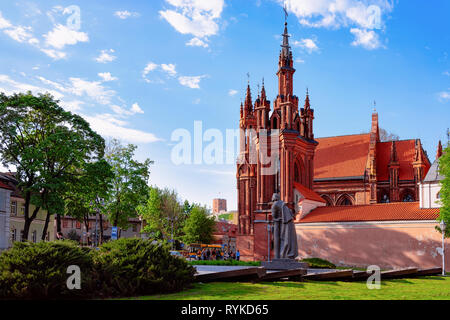 Scupture of Mickiewicz at St Anne Church in the Old town of Vilnius in Lithuania. - Stock Photo