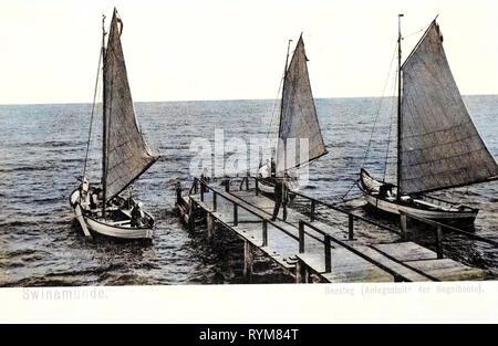 Piers in Poland, Sailboats in Poland, Old, Świnoujście, 1903, West Pomeranian Voivodeship, Swinemünde, Seesteg mit Segelbooten - Stock Photo