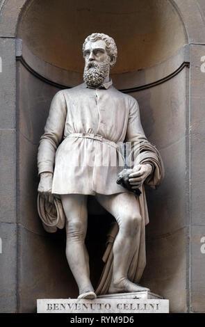 Benvenuto Cellini, statue in the Niches of the Uffizi Colonnade  in Florence - Stock Photo