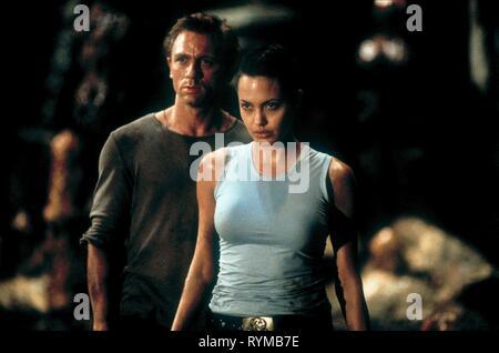 CRAIG,JOLIE, LARA CROFT: TOMB RAIDER, 2001 - Stock Photo