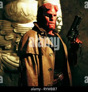 Download Film Hellboy 2004