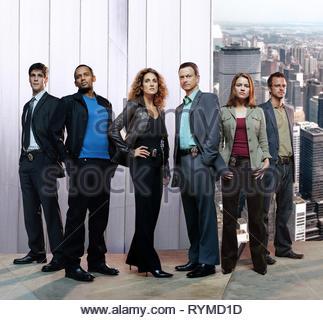CAHILL,HARPER,KANAKAREDES,SINISE,BELKNAP,GIOVINAZZO, CSI: NY, 2004 - Stock Photo