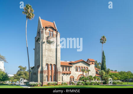 SAN JOSE, CA/USA - OCTOBER 21, 2018: Tower Hall and Washington Square on the campus of San Jose State University. - Stock Photo