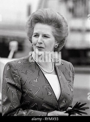Prime minister Margaret Thatcher leaving Heathrow Airport in 1988. - Stock Photo