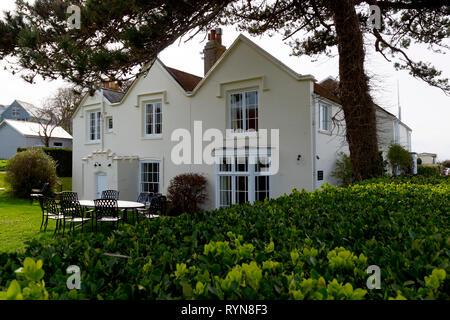 Rosetta Cottage,Lord Randolph Churchill,met proposed to, Jennie Jerome,daughter of,Leonard Jerome,owner,New York Times,son is, Winston Churchill,Cowes - Stock Photo