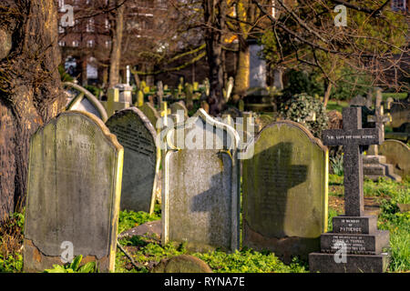 Graves and headstones in Brompton Cemetery in the Royal Borough of Kensington and Chelsea, SW London, managed by The Royal Parks. - Stock Photo