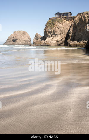 Beautiful summer day at Sand Dollar Beach in Big Sur, California on the Pacific Ocean. - Stock Photo