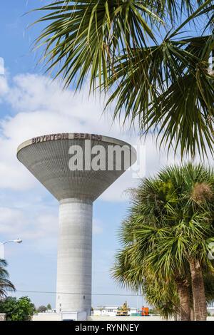Florida Boynton Beach city concrete elevated water tower modern design storage hydrostatic pressure - Stock Photo