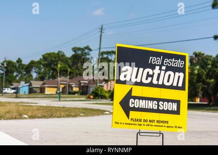 Port St. Lucie Florida Saint house single-family home new construction real estate property economy economic crisis auction on s - Stock Photo