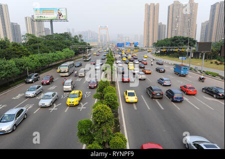 03.08.2012, Chongqing, China, Asia - View of the daily traffic volume outside the city centre of the megacity. - Stock Photo