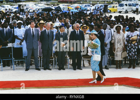 Queen Elizabeth II visit to Queen's College to officiate at the stone laying ceremony for the school's new building. Barbados, Caribbean. 1989 - Stock Photo