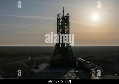 Kazakhstan. 14th Mar, 2019. KYZYLORDA REGION, KAZAKHSTAN - MARCH 14, 2019: A Soyuz-FG rocket booster carrying the Soyuz MS-12 spacecraft ahead of a launch to the International Space Station (ISS) from the Baikonur Cosmodrome. Sergei Savostyanov/TASS Credit: ITAR-TASS News Agency/Alamy Live News - Stock Photo