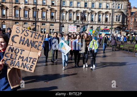 Glasgow, Scotland, UK. 15th Mar, 2019. climate change protest glasgow Credit: john cruttenden/Alamy Live News - Stock Photo
