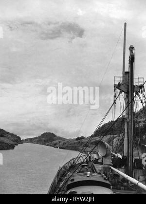geography / travel, Panama, traffic / transport, navigation, Panama Canal, ship passed canal, 1958, Additional-Rights-Clearance-Info-Not-Available - Stock Photo