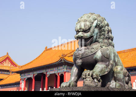 statue of chinese guardian lion forbidden city beijing china (palace museum) - Stock Photo
