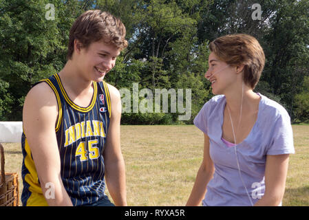 ANSEL ELGORT, SHAILENE WOODLEY, THE FAULT IN OUR STARS, 2014 - Stock Photo