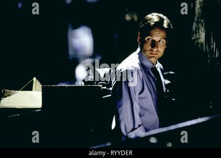 DAVID DUCHOVNY, THE X FILES, 1998 - Stock Photo