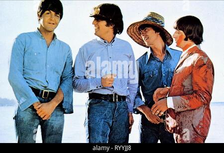 PAUL MCCARTNEY, GEORGE HARRISON, JOHN LENNON,RINGO STARR, HELP!, 1965 - Stock Photo