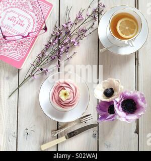 Spring tea break - Stock Photo