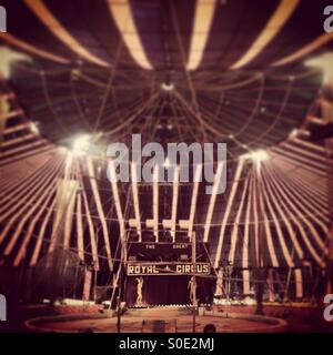 ... The Royal Circus of India at Gurgaon Haryana - Stock Photo & circus tent India Stock Photo Royalty Free Image: 6554948 - Alamy