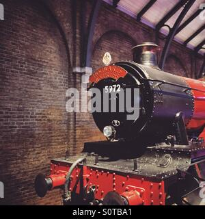 Harry Potter Warner Bros Studio Tour Uk London Watford Hogwarts Express Train Red and Black