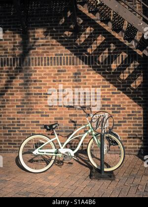 WESTFIELD,NJ - December 31,2016: Classic cruiser bicycle parked on a sunny winter day - Stock Photo