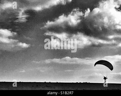 Power kiter Shingle Street Suffolk England - Stock Photo
