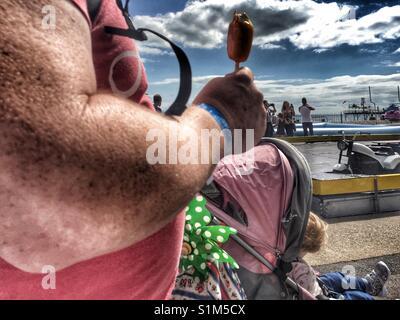 Obese child eating ice cream Stock Photo: 24879706 - Alamy