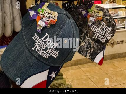 Hats that say 'Don't mess with Texas' for sale. - Stock Photo