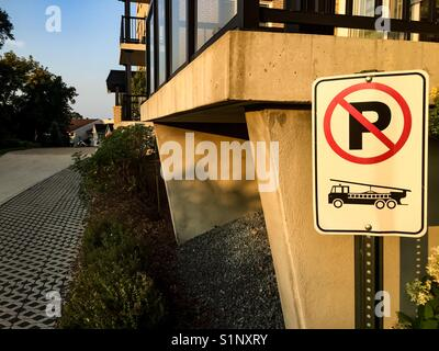 Fire Route signage - Stock Photo