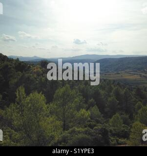 View of the Pyrénées mountains in southern France. - Stock Photo