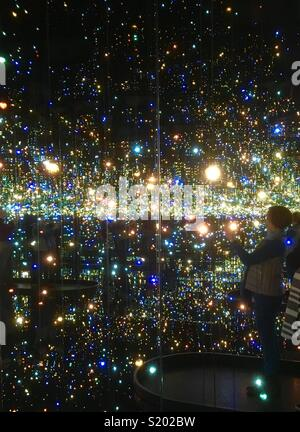 Infinity Mirrors Room, Yayoi Kusama , Art Gallery of Ontario - Stock Photo