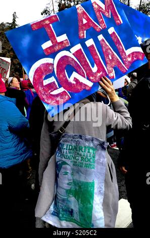 'I AM EQUAL' sign at the Women's March Oakland, Oakland, California, USA. 2017 - Stock Photo